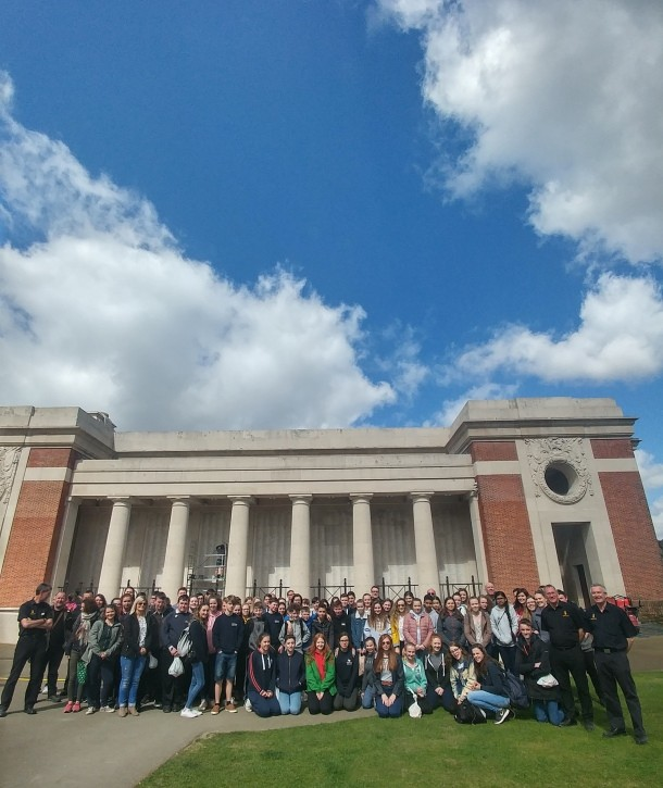 All students, teachers and guides part of the Arras commemoration trip at the Menin Gate, Ypres